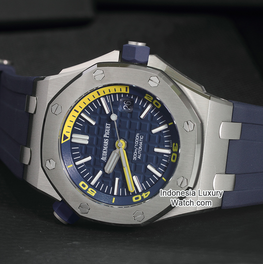 Audemars Piguet Royal Oak Offshore – 15710ST – Diver