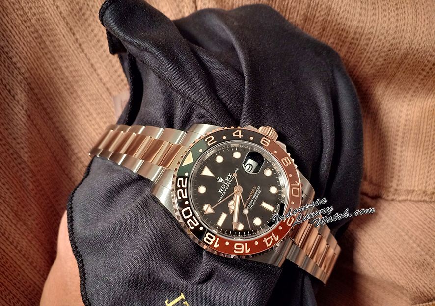 Rolex GMT-Master II Root Beer Rose Gold and Steel 126711CHNR
