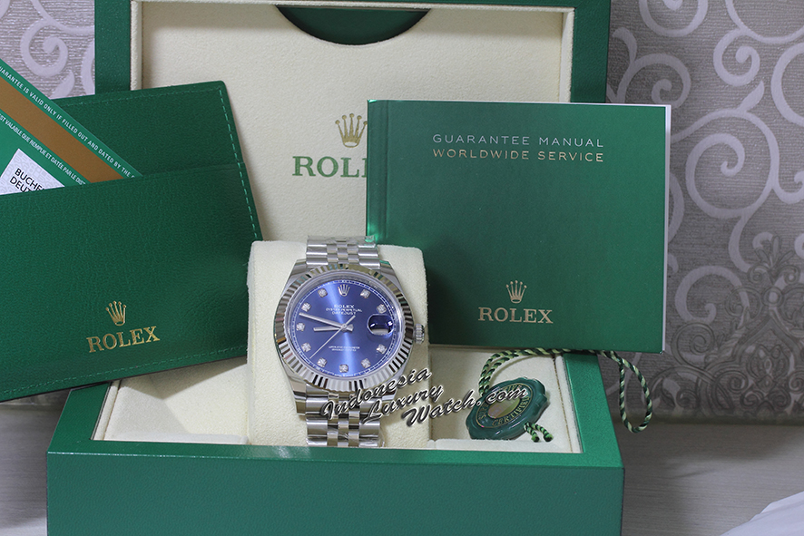 Rolex Datejust 126334 BLDJ – 41mm – Blue Dial – Jubilee – Fluted Bezel