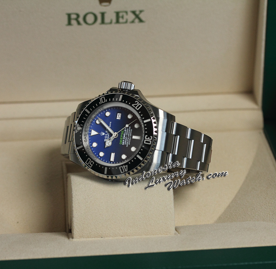 Rolex Sea-Dweller Deepsea D-Blue James Cameron Dial  126660